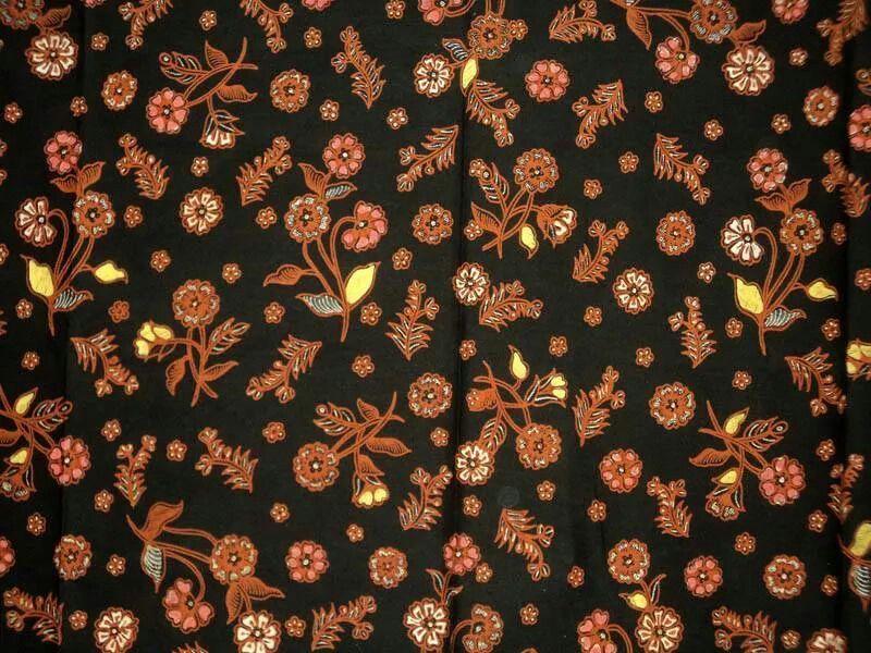 Motif batik Kembang Semanggi Dari Semarang