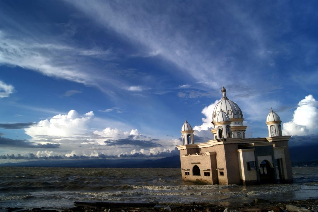 Masjid di Palu, Sulawesi Tengah